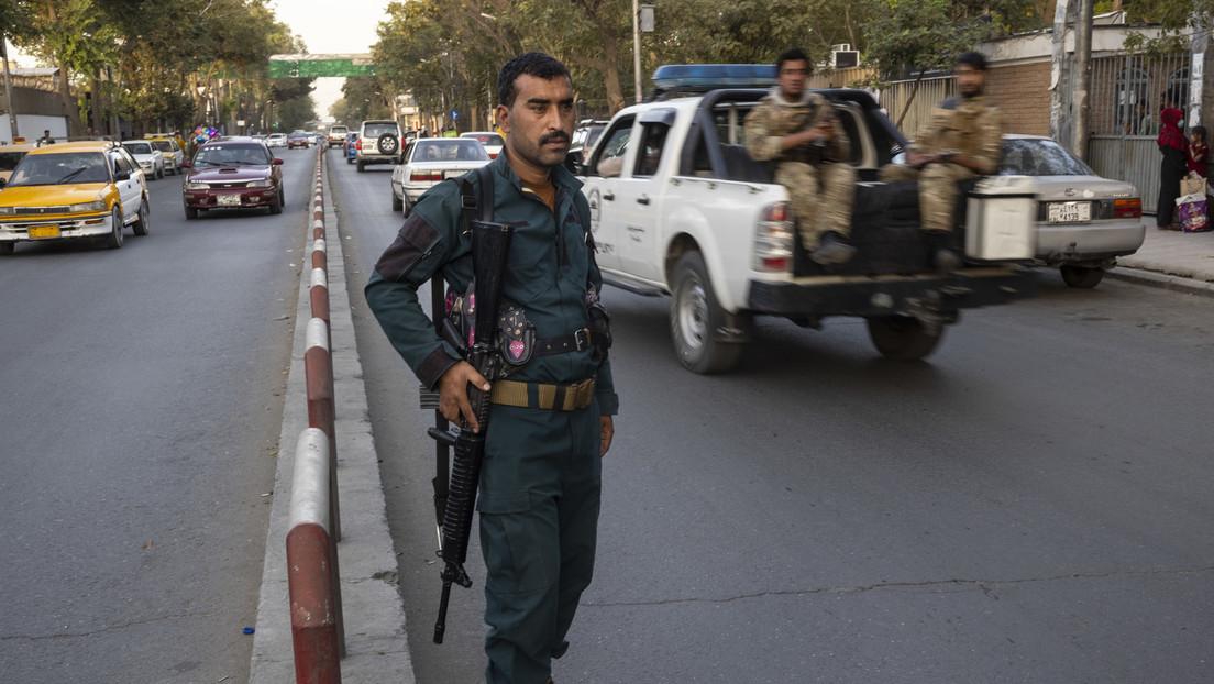 El Ministerio del Interior afgano promete un cambio de gobierno pacífico y que no habrá asalto a Kabul