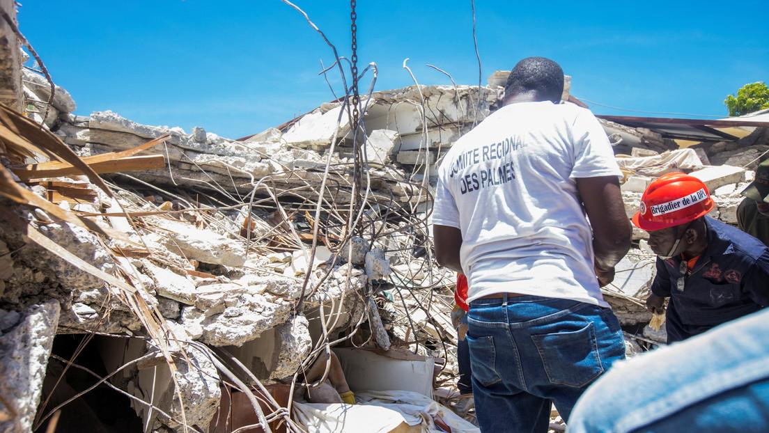 Catástrofe en Haití: 1.297 muertos, miles de desaparecidos y hospitales desbordados con unos 5.700 heridos tras el devastador terremoto