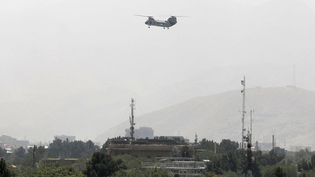 """EE.UU. aumentará la presencia de sus tropas en Afganistán a 6.000 soldados, mientras """"toma medidas"""" para asegurar el aeropuerto de Kabul"""