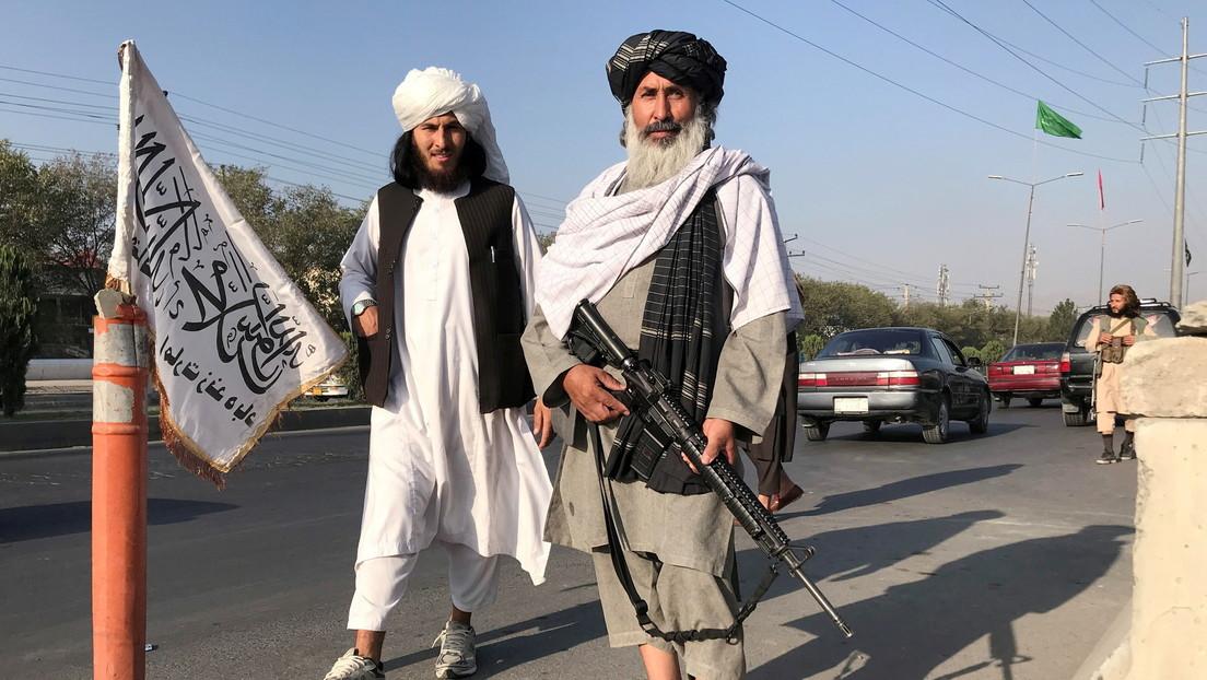 ¿Cambio de paradigma?: los talibanes cambian sus AK-47 por rifles de producción estadounidense