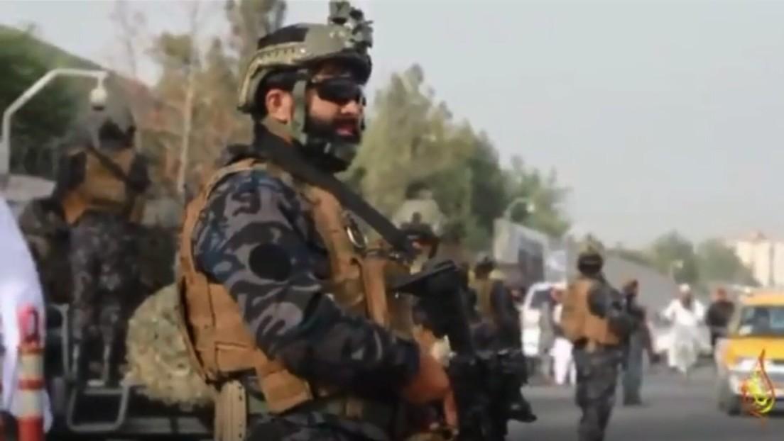 'Fuera turbantes': los talibanes se burlan de EE.UU. en un video donde lucen el uniforme de las tropas norteamericanas