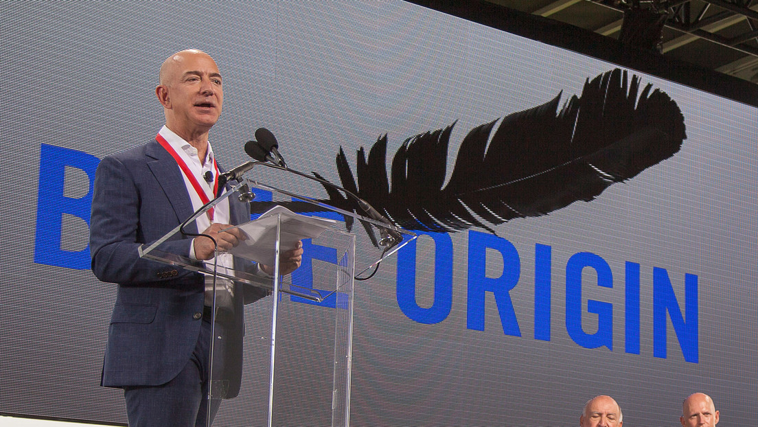 Key Blue Origin employees leave the company amid a battle to send astronauts to the moon