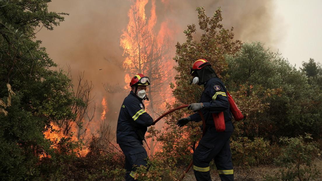 """Un adolescente griego se confiesa autor de 9 incendios porque le """"gustaba ver llamas y humo"""""""