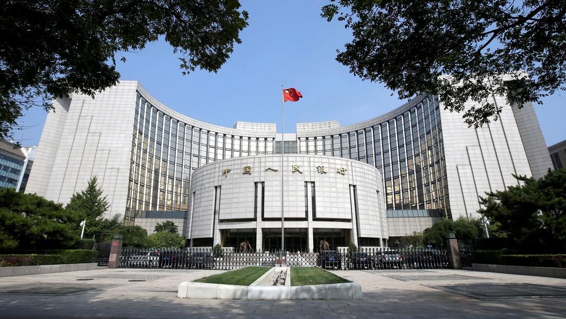 """El banco central de China critica las criptomonedas por no tener soporte de valor real e insta a no comerciar con ellas para """"proteger el bolsillo"""""""