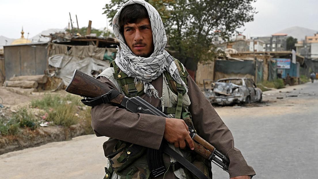 Los talibanes están mejor armados que el Ejército ucraniano gracias al abandono de armas de EE.UU. en Afganistán, según el ministro ruso de Defensa