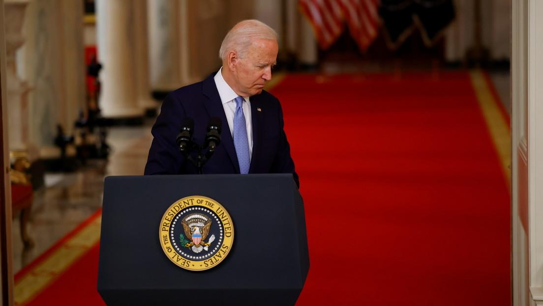 Un intérprete que participó hace 13 años en el rescate de Biden tras un aterrizaje forzoso en Afganistán le pide ayuda para dejar el país