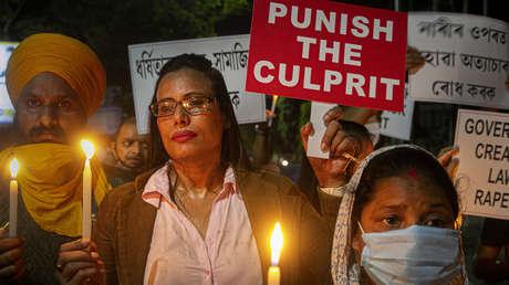 Investigan en la India la presunta violación en grupo y el asesinato de una niña de 9 años que acabó cremada