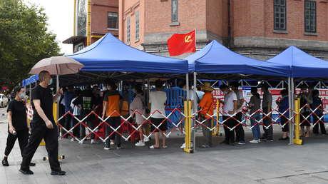 China completa en 5 días el cribado de casi toda la población de Wuhan, al sospechar de un rebrote de coronavirus