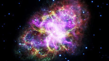 """Astrónomos observan """"una metralla"""" de restos de supernova que se mueve a máxima velocidad hacia el borde de la Vía Láctea"""