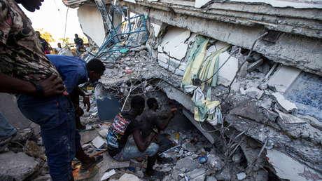 Haití es sacudido por una réplica de magnitud 5,8 del devastor terremoto de 7,2 que dejó más de 300 muertos