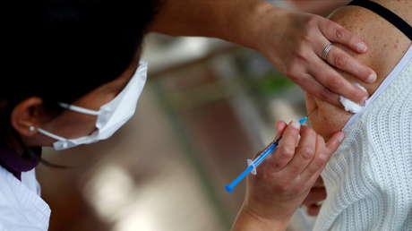 """""""Fuerte respuesta inmune"""": Ministerio de Salud de Argentina presenta datos positivos sobre combinación de vacunas Sputnik V con AstraZeneca y Moderna"""