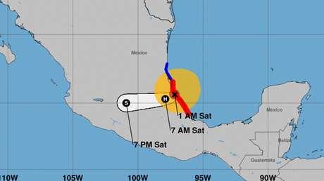 El huracán Grace toca tierra en el estado mexicano de Veracruz