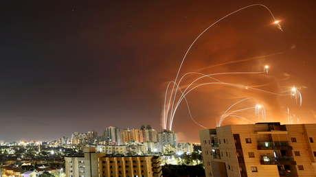 Israel lanza ataques aéreos sobre Gaza tras enfrentamientos fronterizos con palestinos (VIDEOS)