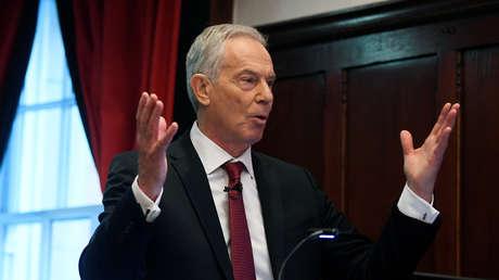"""""""No fue impulsada por una gran estrategia sino por la política"""": Tony Blair critica la decisión de retirarse de Afganistán"""