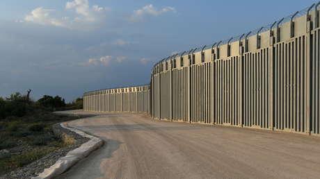 """""""No podemos permanecer indiferentes a las posibles consecuencias"""": Grecia extiende el muro fronterizo para retener a posibles migrantes afganos"""