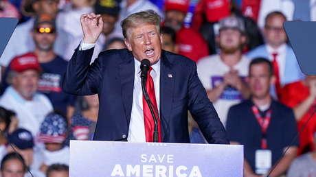 """""""La demostración más asombrosa de la más absoluta incompetencia"""": Trump arremete contra Biden por la """"humillación"""" de EE.UU. en Afganistán"""