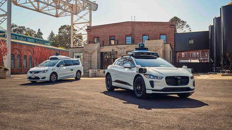 La empresa Waymo de Alphabet lanza un servicio gratuito de taxi autónomo en San Francisco