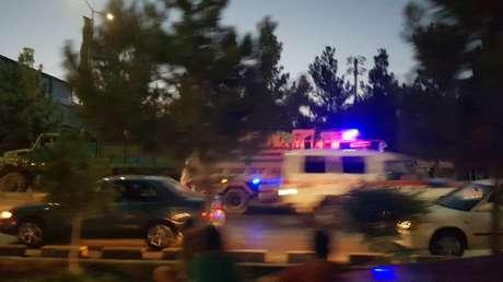 """El Pentágono confirma una segunda explosión cerca del aeropuerto de Kabul en menos de una hora en un """"ataque complejo"""""""