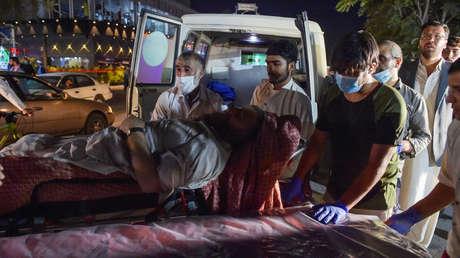 El ataque en el aeropuerto de Kabul fue realizado por 2 terroristas suicidas considerados del Estado Islámico, dice el Mando Central de EE.UU.