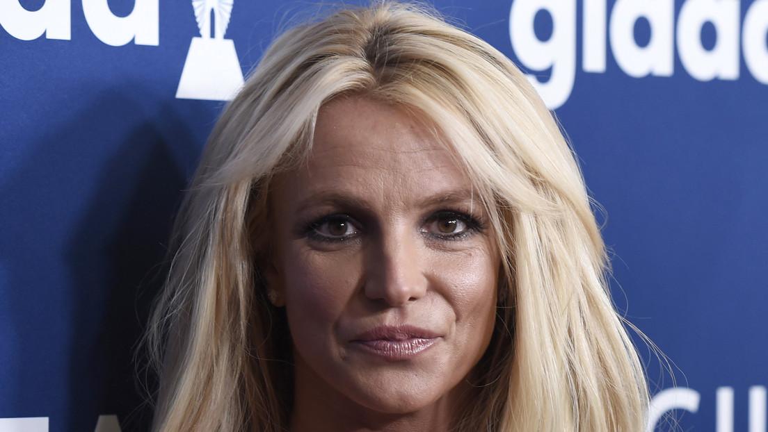 """Britney Spears afirma que su padre """"está tratando de extorsionarla"""" exigiendo 2 millones de dólares por renunciar a su tutela"""