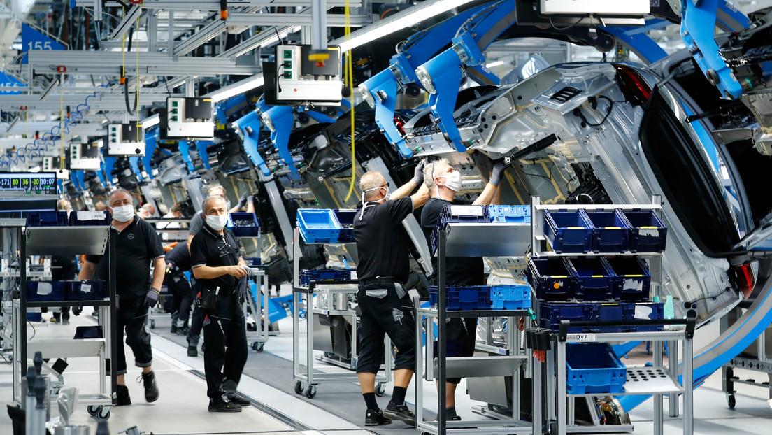 Mercedes-Benz coopera con la siderurgia sueca para usar el acero fabricado sin combustibles fósiles