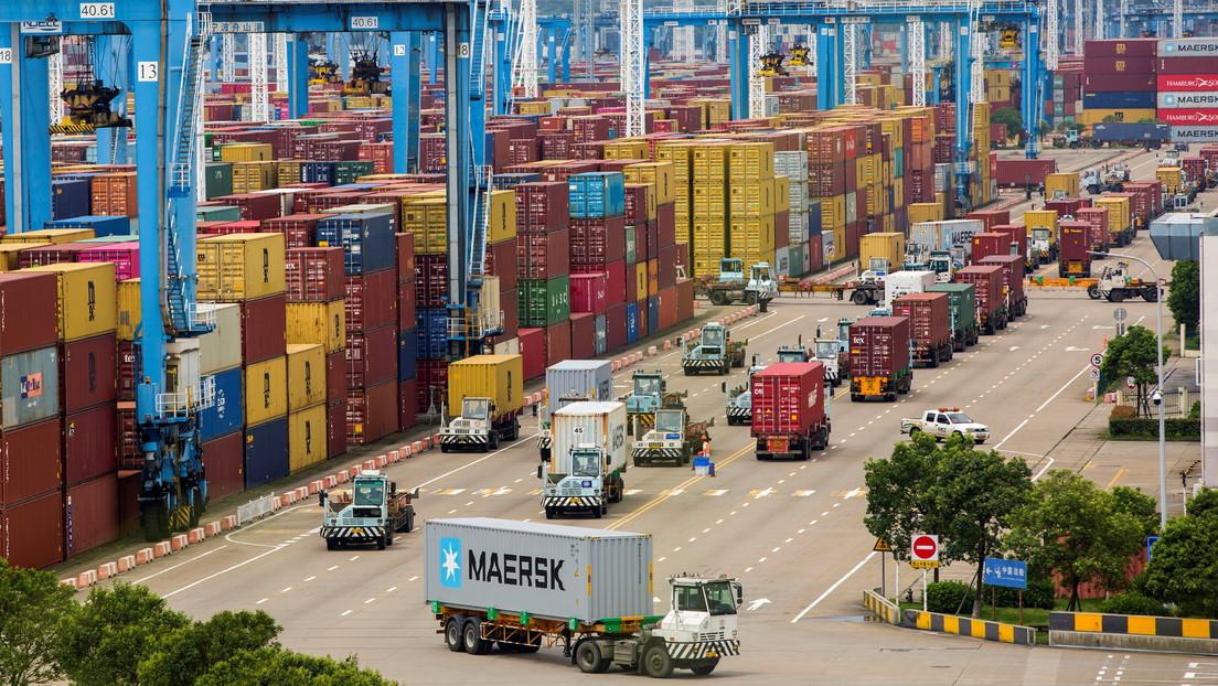 Ministro ruso: El comercio entre el Lejano Oriente de Rusia y China podría alcanzar 20.000 millones de dólares en 2024