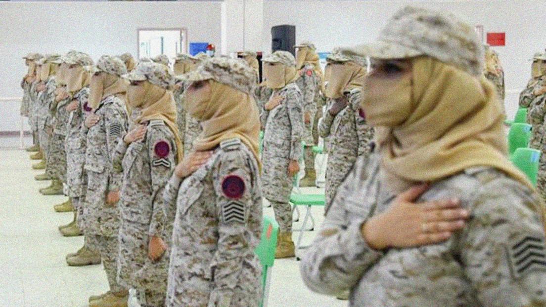 """""""Momento histórico"""": Arabia Saudita gradúa a su primera promoción de mujeres militares"""
