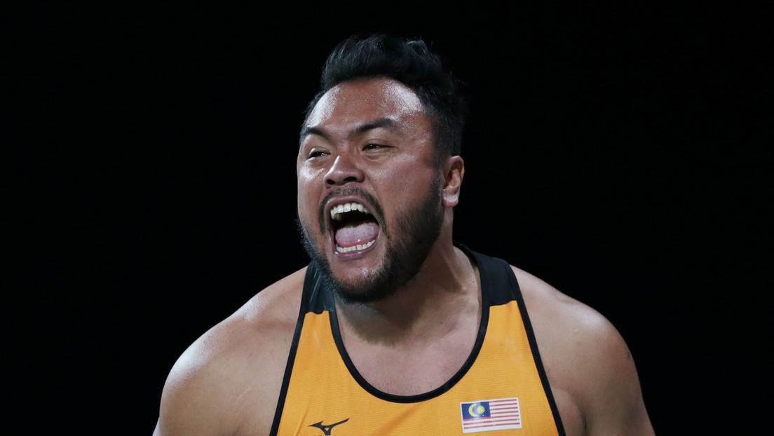Despojan del oro a un atleta malasio que batió un récord paralímpico por llegar tres minutos tarde a la competición