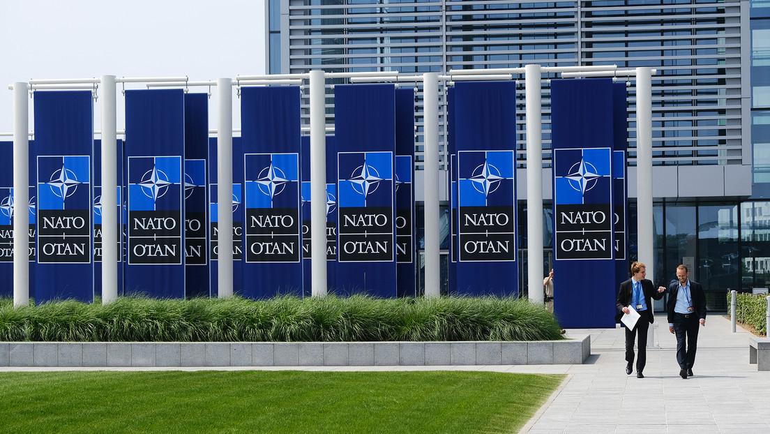 """El Kremlin califica de """"amenaza inminente"""" las continuas aspiraciones de Ucrania a ingresar en la OTAN"""