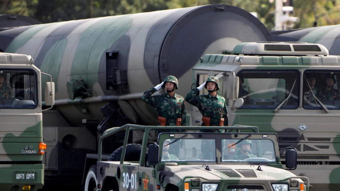 """Pekín protesta ante la OTAN tras los comentarios de Stoltenberg sobre la supuesta """"amenaza nuclear china"""""""