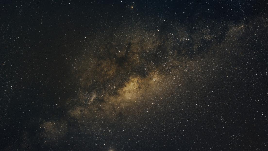 Estudio reporta una señal de radio emitida desde el centro de la Vía Láctea