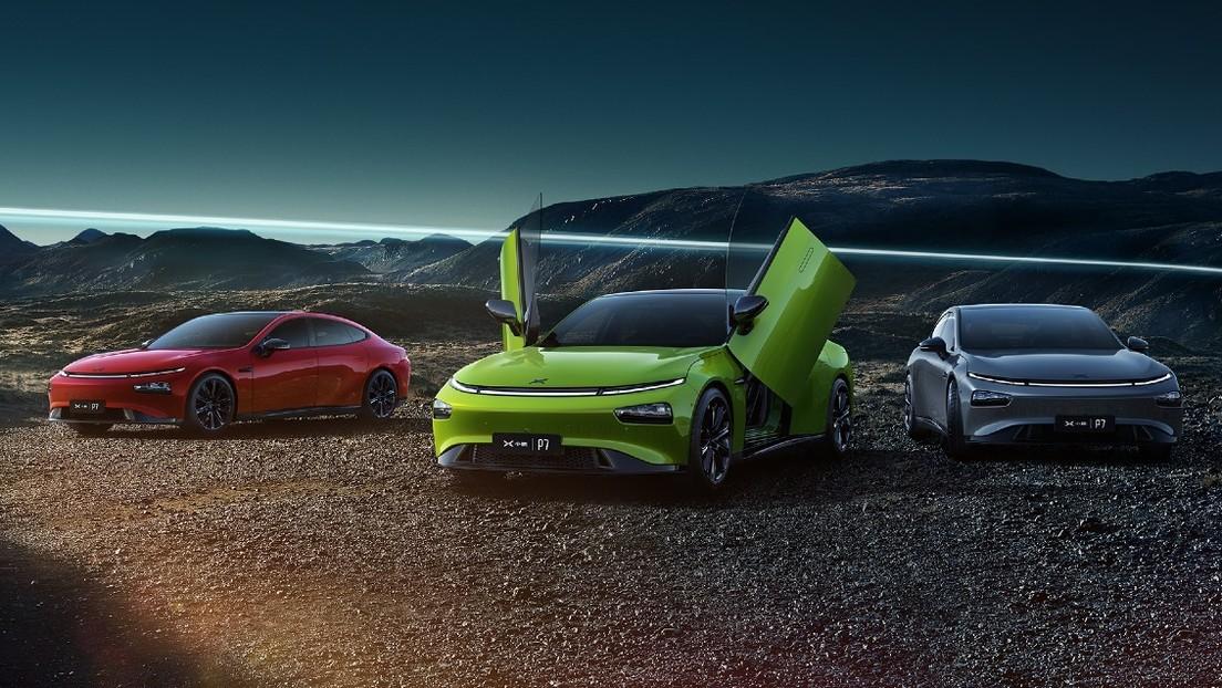 El jefe de la 'Tesla china' prevé que el futuro de las automotrices está en la producción masiva de robots y autos voladores