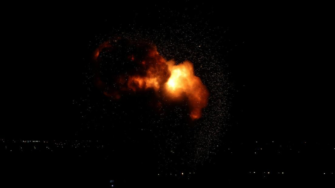 Israel ataca objetivos militares de Hamás en respuesta a los dos cohetes disparados desde la Franja de Gaza