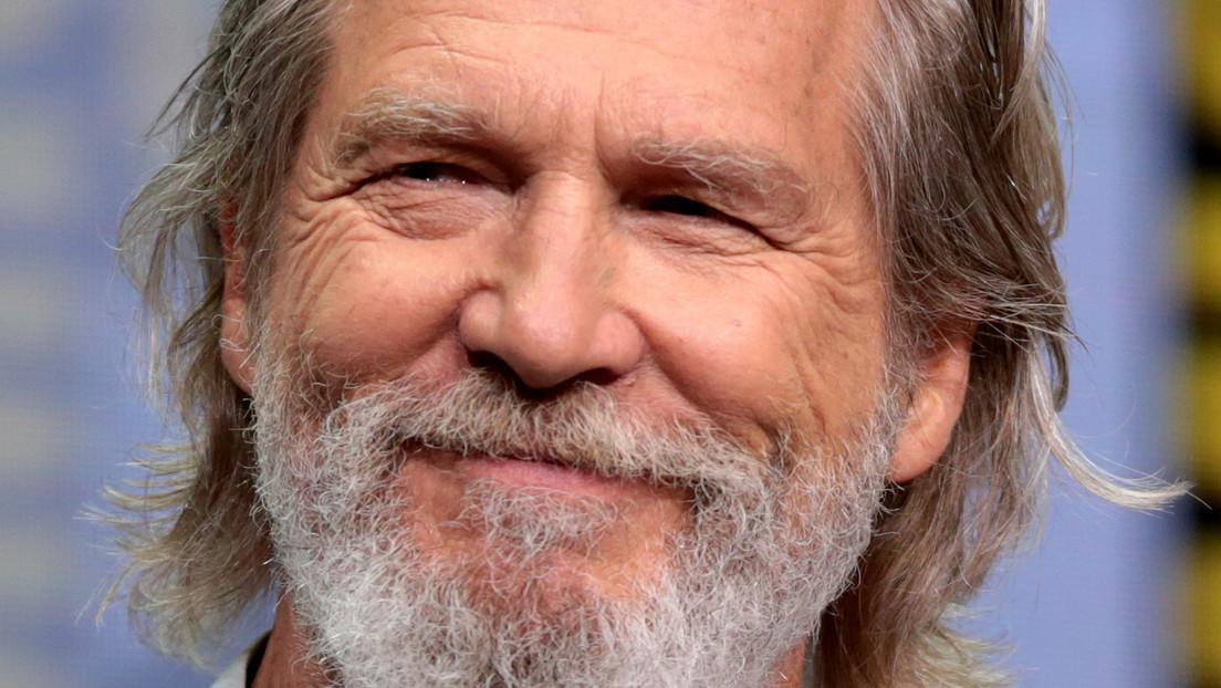 """El actor Jeff Bridges afirma que su batalla contra el cáncer era """"pan comido"""" en comparación con su lucha con el coronavirus"""