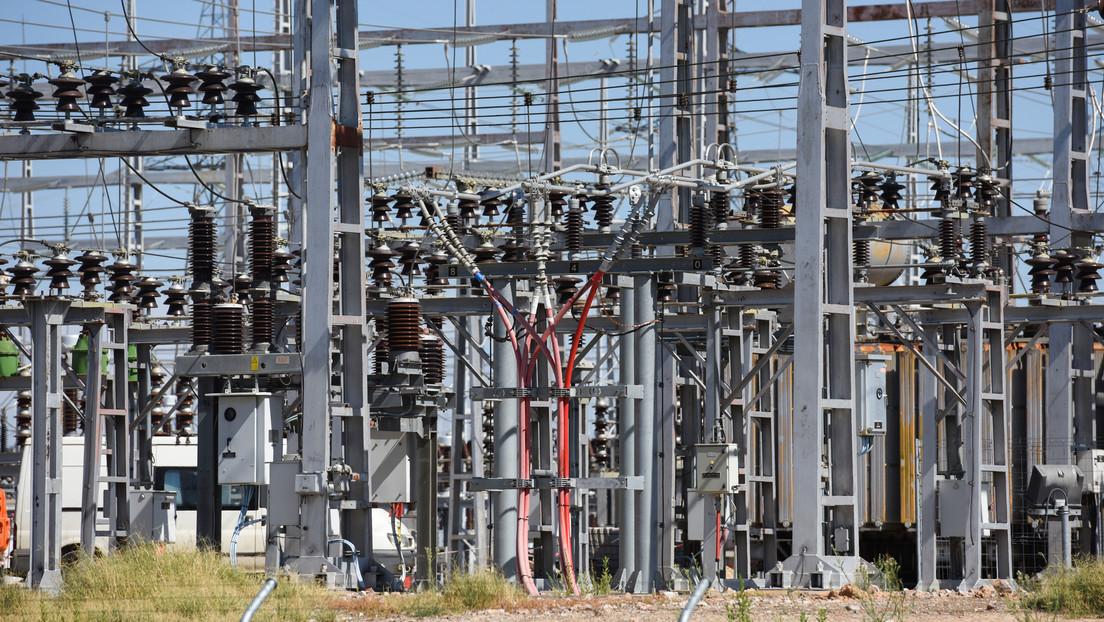El Gobierno de España recorta 2.600 millones de euros a las eléctricas y aprueba reducciones fiscales para rebajar la factura de la luz