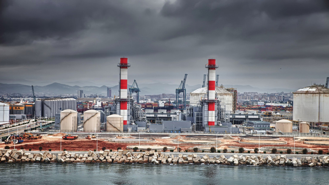 Las eléctricas amenazan con parar las centrales nucleares tras el anuncio del plan del Gobierno de España para abaratar la luz