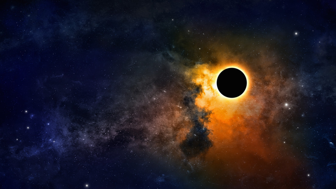 Esto es lo que se observa cuando un agujero negro se traga una estrella
