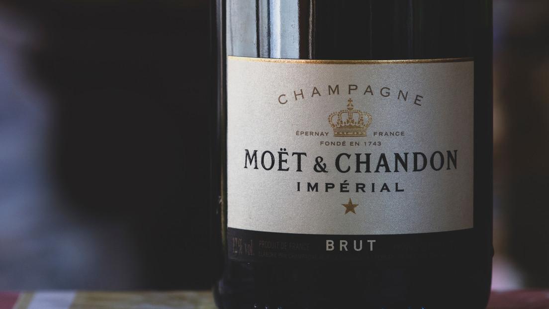 Francia y Rusia acuerdan iniciar un diálogo para resolver la disputa por el champán