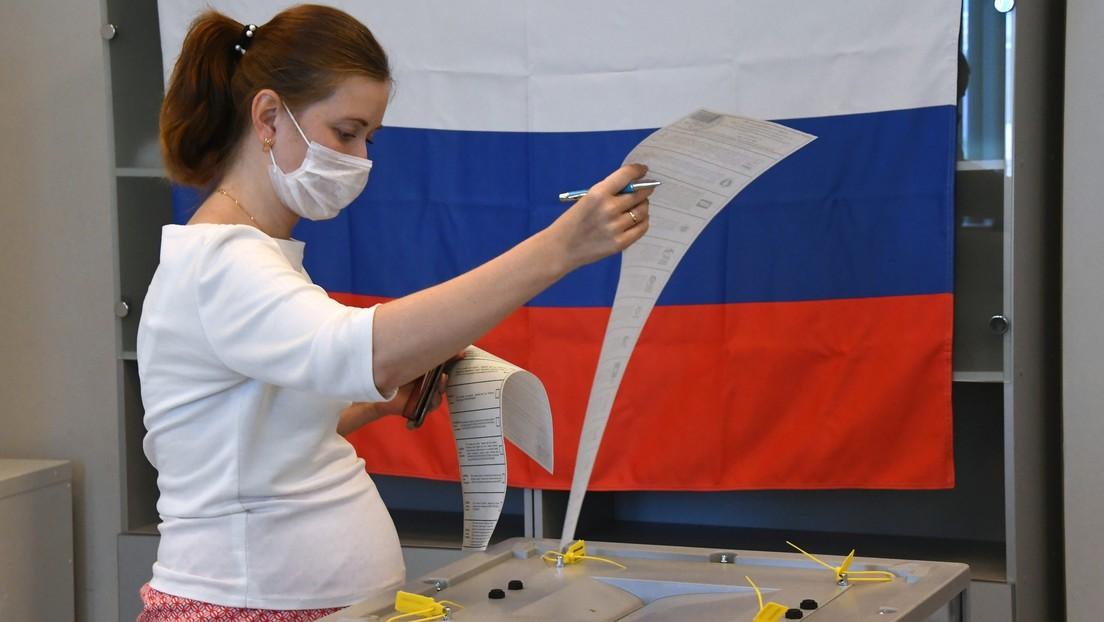 Resultados preliminares de las elecciones legislativas rusas: el partido gobernante Rusia Unida lidera el recuento