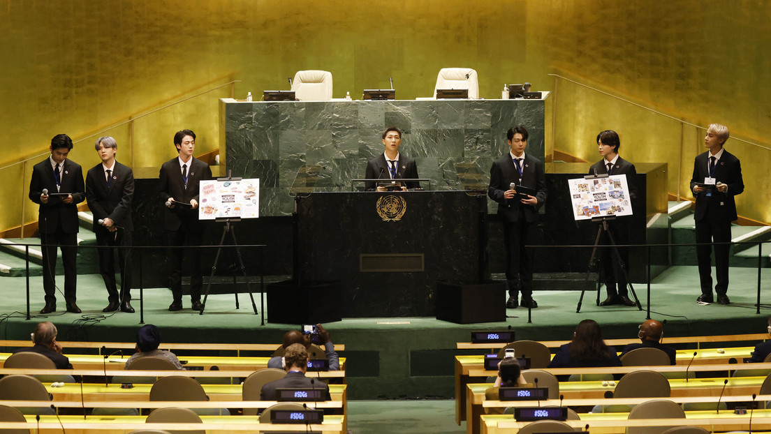 K-pop group BTS has wreaked havoc by speaking at the UN and presenting their new music video, which has already been viewed over 6 million times (VIDEOS).