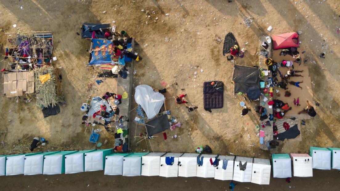 """Víctimas de """"un engaño monumental"""": La reacción del canciller de México sobre la represión a los migrantes haitianos que intentan llegar a EE.UU."""
