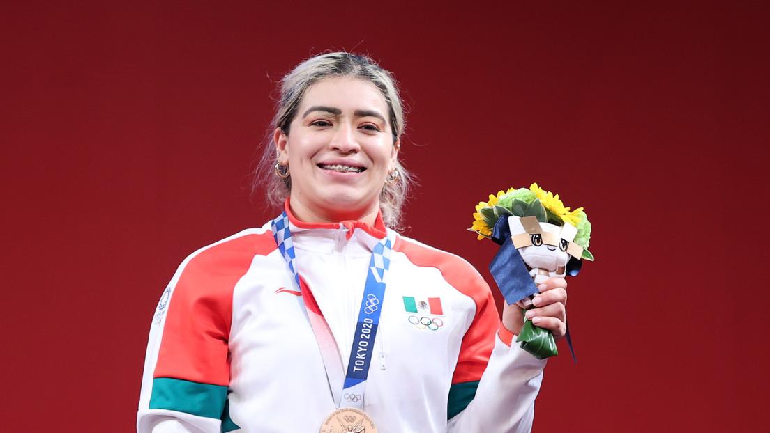 """""""Es una falta de respeto colosal"""": Medallista olímpica Aremi Fuentes denuncia recibir de premio un cheque sin fondos del Gobierno de Baja California"""