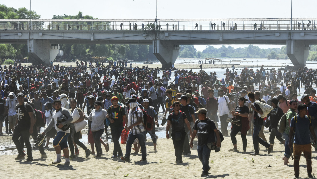 """López Obrador, sobre la crisis fronteriza: """"No queremos que México sea un campamento de migrantes"""""""