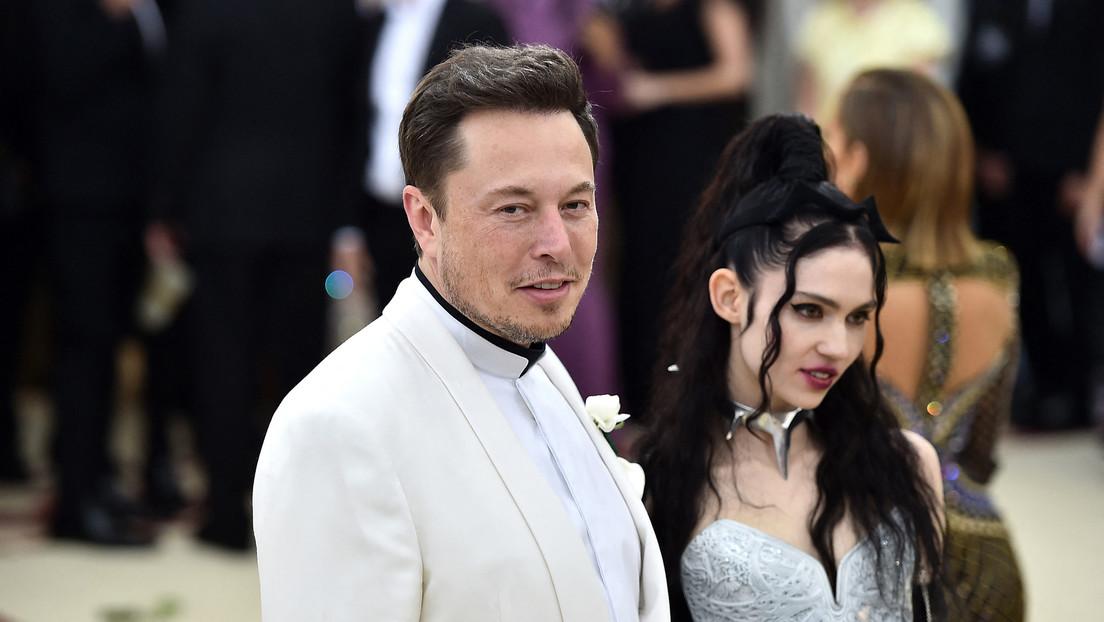 """Musk desvela que se ha """"semiseparado"""" de Grimes tras tres años de relación"""