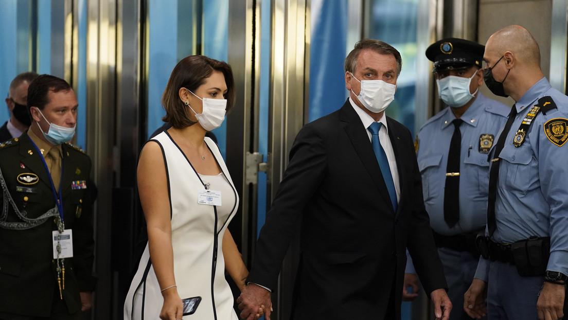Bolsonaro afirma que su esposa se vacunó contra el covid-19 en EE.UU. y desata una avalancha de críticas en las redes