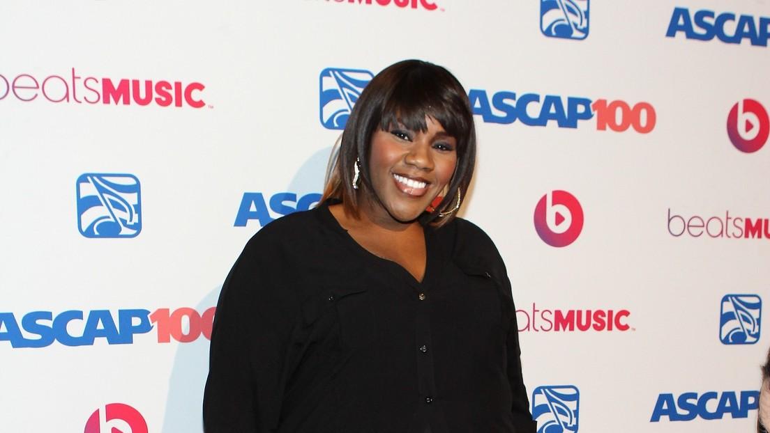 Reportan la desaparición de la cantante Kelly Price y su abogada aclara la situación