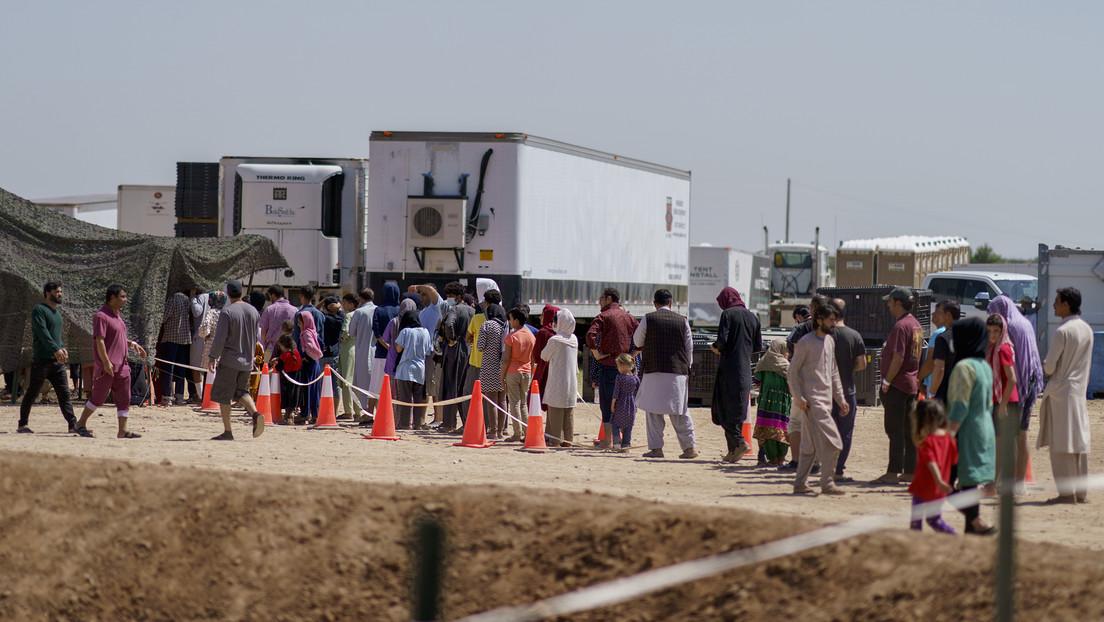 """El FBI investiga la agresión a una militar estadounidense por parte de """"un pequeño grupo"""" de refugiados afganos en Nuevo México"""