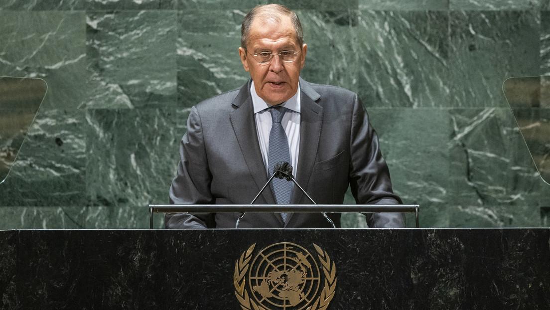"""Lavrov propone introducir la etiqueta #CartaONUesNstrReglas para promover la """"noble misión"""" de la ONU"""