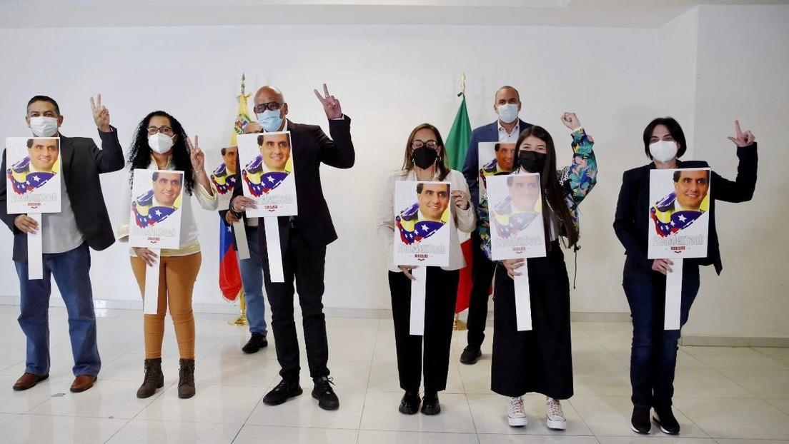 """La delegación venezolana asegura que continuará con el """"proceso arduo"""" para lograr que los opositores """"se vuelvan a encauzar por el camino correcto"""""""