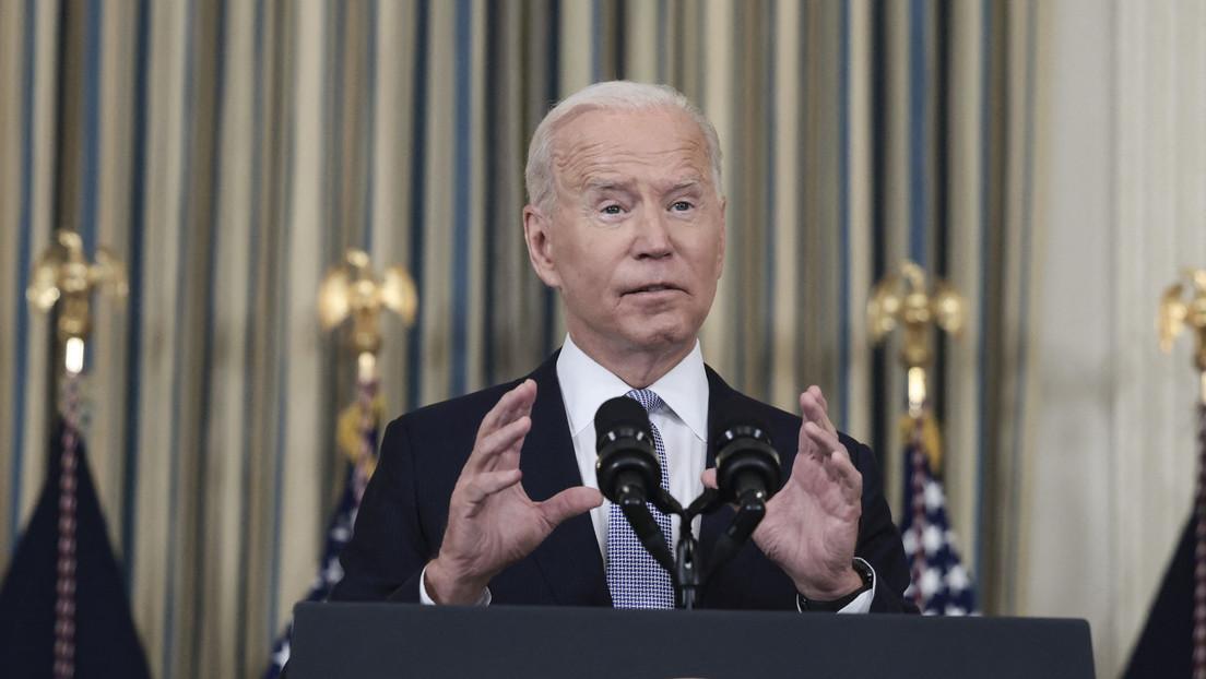 """Biden llama a los ricos a """"dar un paso al frente y pagar impuestos"""" mientras un informe revela que habría evadido hasta 500.000 dólares"""
